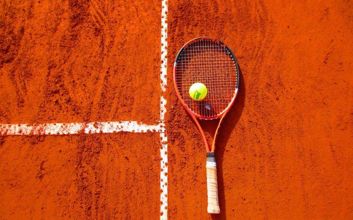 tennis in arabic